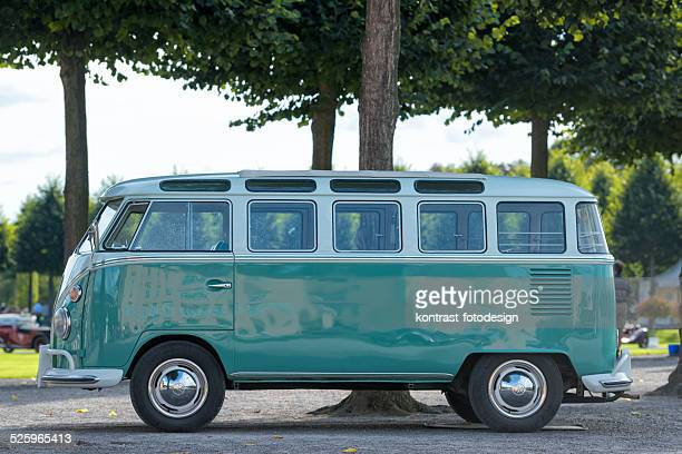 vw  volkswagen t1 - volkswagen stock pictures, royalty-free photos & images