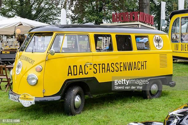 """volkswagen transporter t1 adac furgoneta de rescate en carretera - """"sjoerd van der wal"""" fotografías e imágenes de stock"""