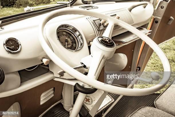 Volkswagen Transporter T1 Campingbus dashboard