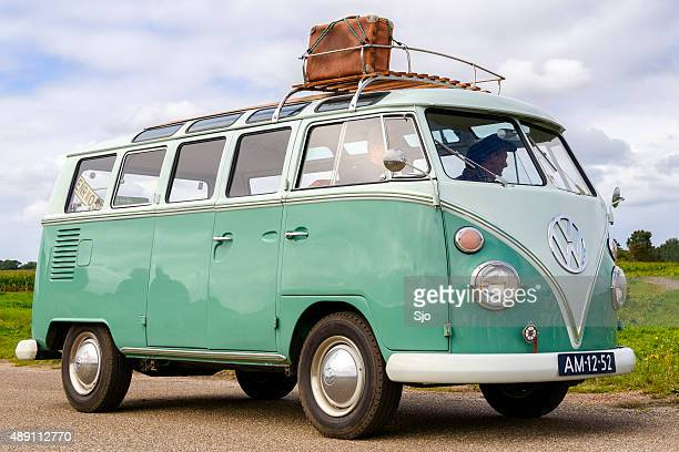 volkswagen transporter t1 - volkswagen stock pictures, royalty-free photos & images