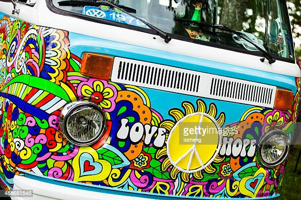 volkswagen type 2 bus - volkswagen stock pictures, royalty-free photos & images