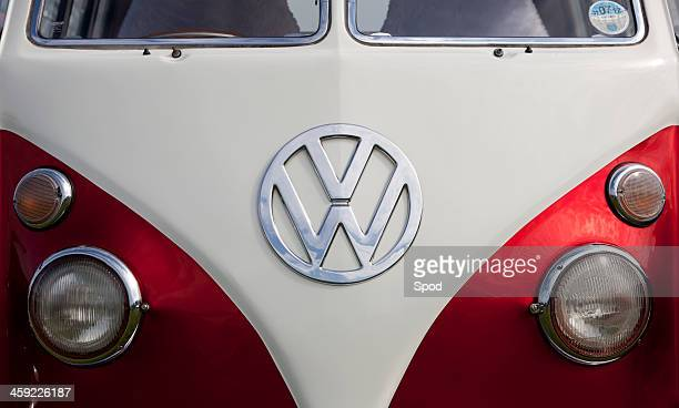 volkswagon type 2 camper (microbus) - hood ornament stock pictures, royalty-free photos & images