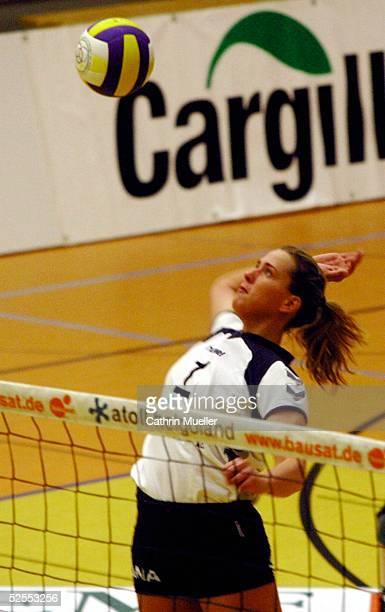 Volleyball Bundesliga 03/04 Hamburg TV Fischbek TuS Braugold Erfurt Christina BENECKE / TV Fischbek 260304