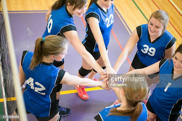 volleyball cheer huddle - chanting stock pictures, royalty-free photos & images