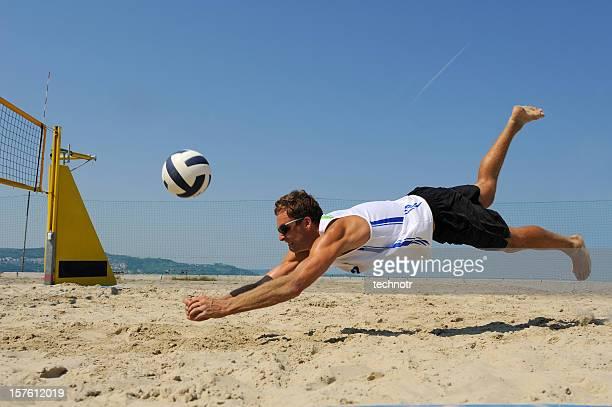 volleyball defensive action - beachvolleybal stockfoto's en -beelden