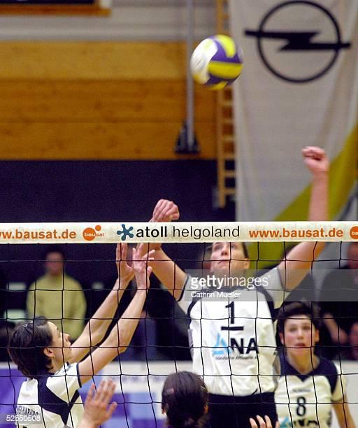 Volleyball / Frauen 1 Bundesliga 03/04 Hamburg TV Fischbek Schweriner SC Christina BENECKE / TV Fischbek HH 290204