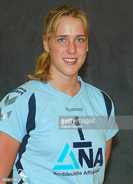 Volleyball / Frauen 1 Bundesliga 04/05 Hamburg TV Fischbek / Fototermin Christina BENECKE 051004