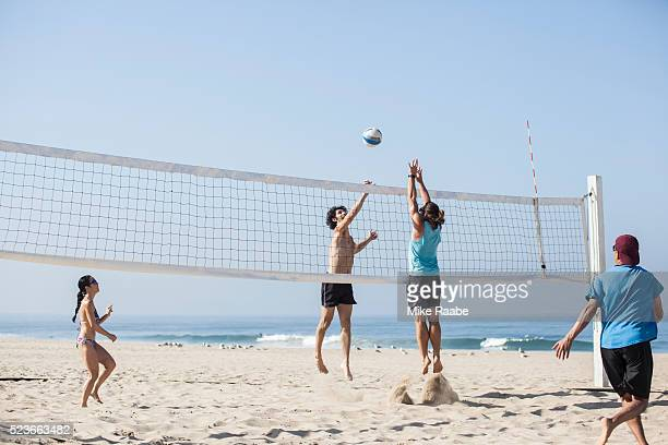 volleyball in manhattan beach - beach volleyball stock pictures, royalty-free photos & images