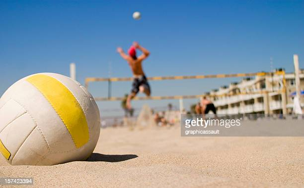 vollyball spike - beachvolleybal stockfoto's en -beelden