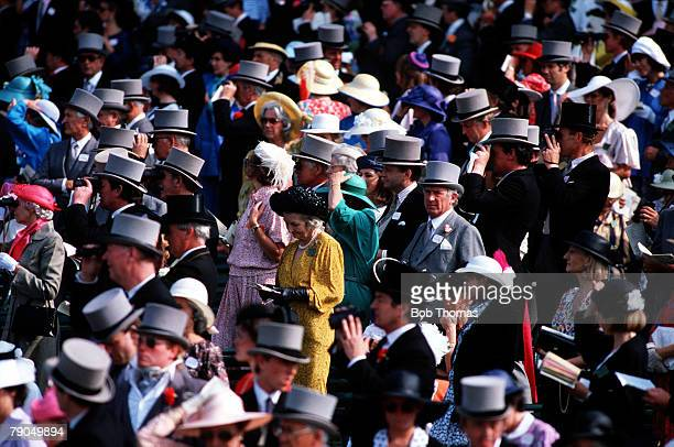 Volume 2, Page 15, Picture 8, Sport, Horse Racing, Ascot, 17th June 1986, Part of the large crowd dressed in typical Royal Ascot fashion