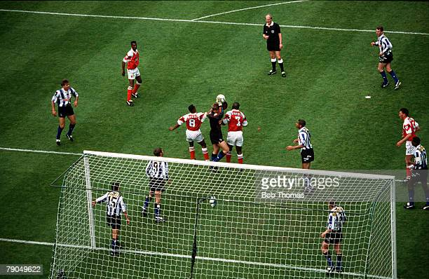Volume 2, Page 6, Picture number 3, Sport, Football, 1993 FA Cup Final, Wembley Stadium, 15th May Arsenal 1 v Sheffield Wedneday 1, A high level...