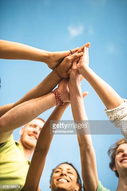 volunteer amis ensemble
