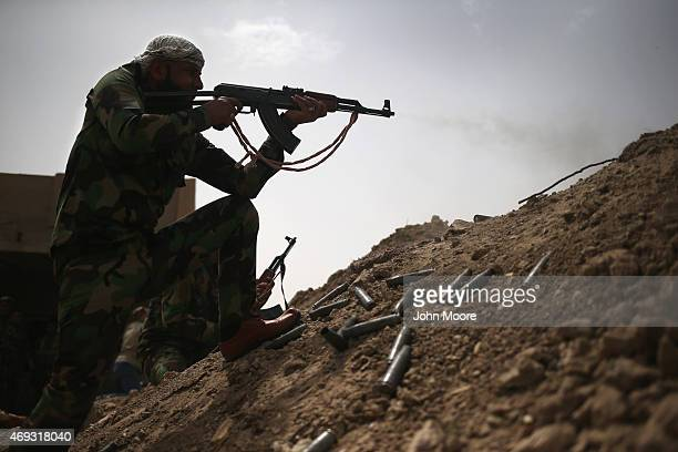 28 Iraqi Forces Battle Isis In Anbar Province As Casualties