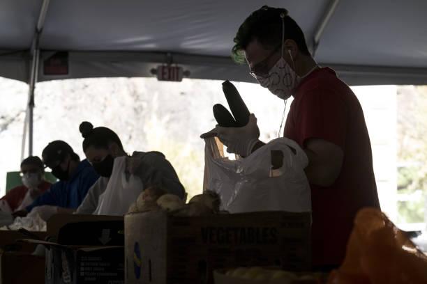 CA: Operations At A Food Bank In San Francisco