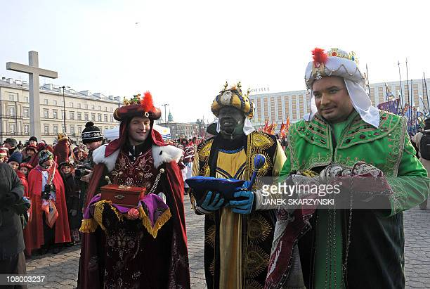 Volunteers dressed as Three Magi bring their gifts during the Epiphany parade through Warsaw on January 6 2011 Poland clebrates Epiphany as an...