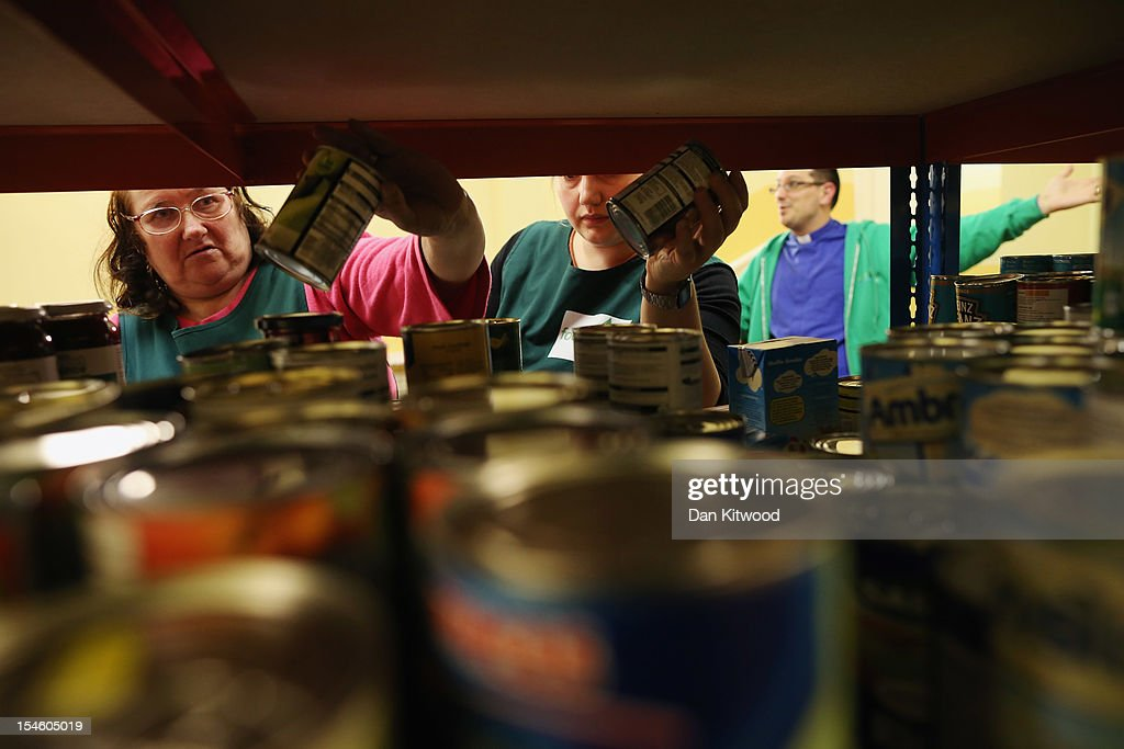 Emergency Food Banks Stretched As More And More People Struggle To Pay Their Bills : News Photo