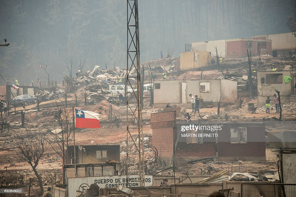 CHILE-FOREST-FIRE : News Photo