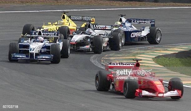 GP von BRASILIEN 2001 Sao Paulo START Michael SCHUMACHER/FERRARI vorne