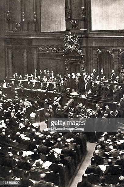 Von Bulow's last speech to the Reichstag, 16 June 1909. Bernhard Heinrich Karl Martin von Bulow German Foreign Secretary 1897-1909. Responsible for...