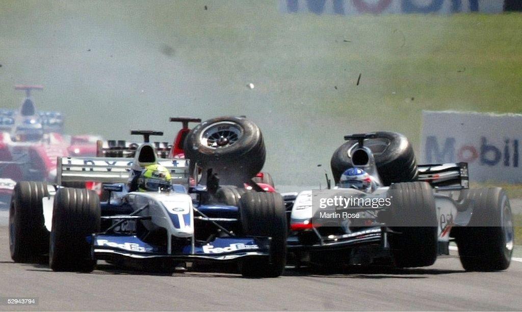 GP von Deutschland 2003, Hockenheim; Crash Startunfall zwischen Ralf SCHUMACHER/GER - BMW Williams - (links), Kimi RAEIKKOENEN/FON - Mercedes McLaren - (rechts) und Rubens BARRICHELLO/BRA - Ferrari -
