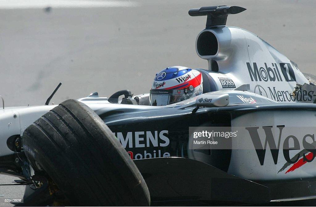 GP von Deutschland 2003, Hockenheim; Wagen von Kimi RAEIKKOENEN/FIN - Mercedes McLaren - nach Crash/Startunfall