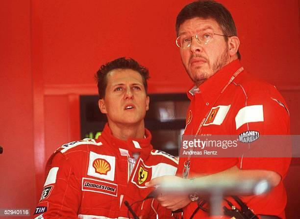 GP von FRANKREICH 2000 MagnyCours Michael SCHUMACHER/FERRARI mit Ross BRAWN