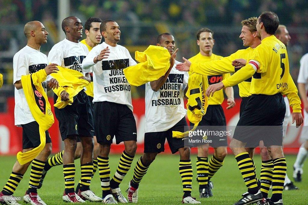 ABSCHIEDSSPIEL von Juergen KOHLER 2002 in Dortmund; BORUSSIA DORTMUND...  Photo d'actualité - Getty Images