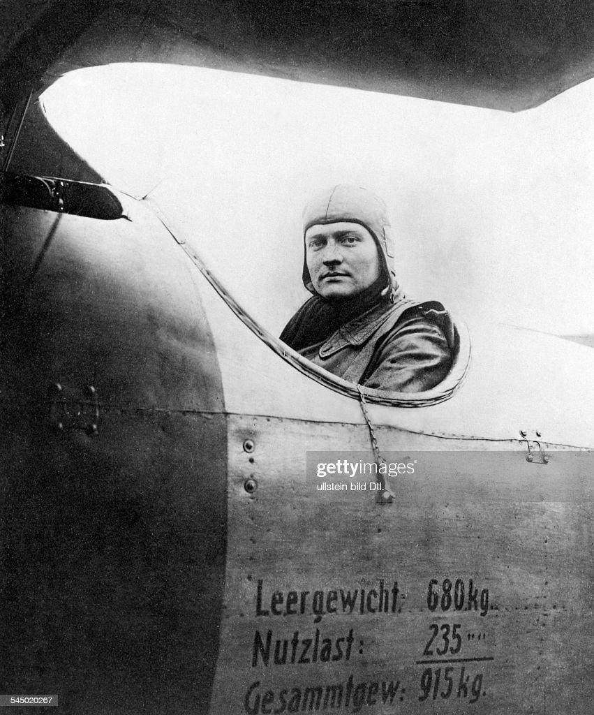 MANFRED von RICHTHOFEN /(1892-1918). 'the Red Baron' . German aviator, officer (fighter pilot WW.I) . in his Albatros - plane , 1917.