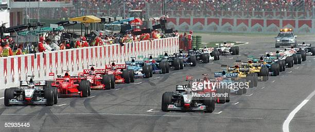 FORMEL 1 GP von SAN MARINO 1998 in IMOLA 04/98 START