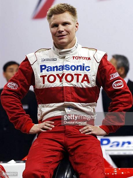PRAESENTATION von TOYOTA 2001 Koeln EINSTIEG von TOYOTA in die Formel 1 Mika SALO/FIN