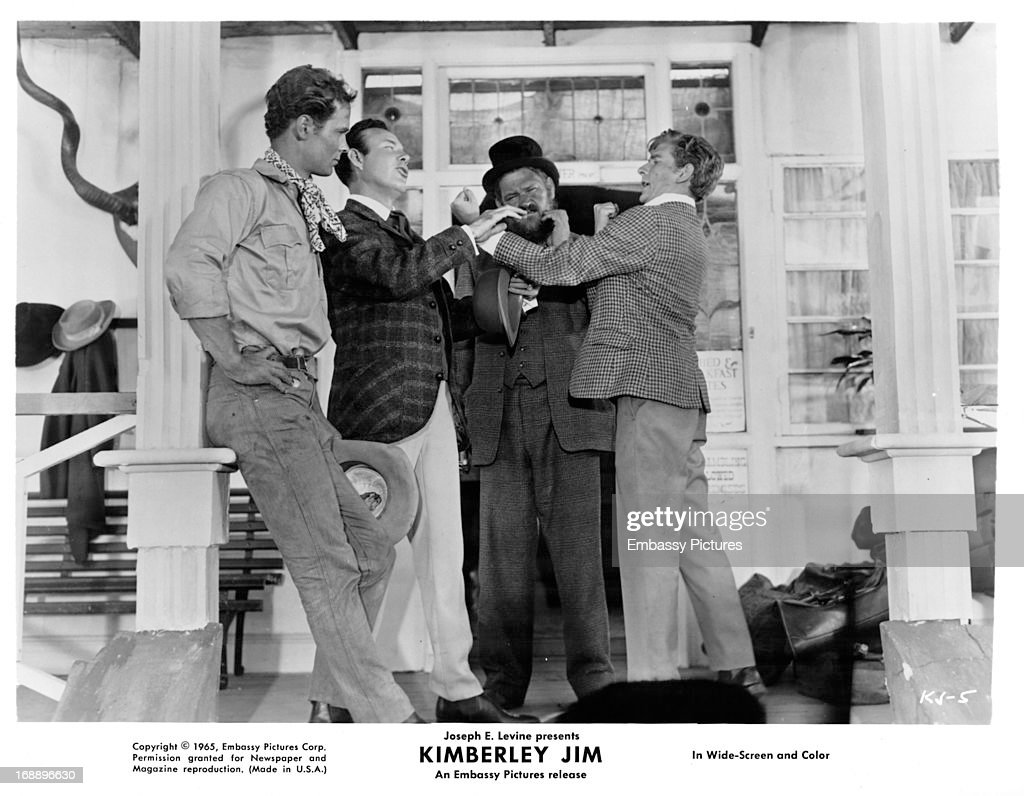 Jim Reeves And Clive Parnell In 'Kimberley Jim' : News Photo