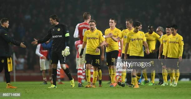FUSSBALL CHAMPIONS LEAGUE SAISON 2014/2015 Vorrunde Arsenal London Borussia Dortmund Enttaeuschung Borussia Dortmund Erik Durm Torwart Roman...