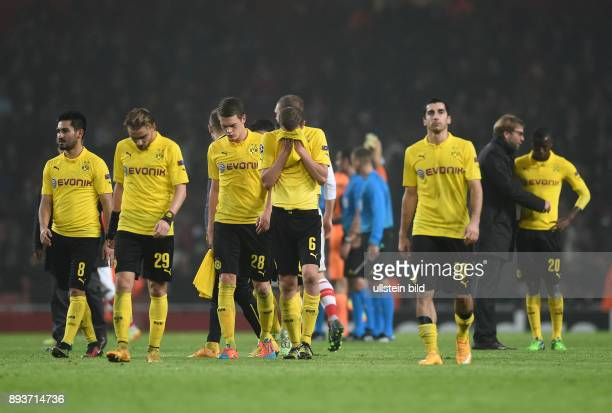 FUSSBALL CHAMPIONS LEAGUE SAISON 2014/2015 Vorrunde Arsenal London Borussia Dortmund Enttaeuschung Borussia Dortmund Ilkay Guendogan Marcel Schmelzer...