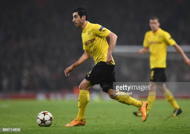 FUSSBALL CHAMPIONS LEAGUE SAISON 2014/2015 Vorrunde Arsenal London Borussia Dortmund Henrikh Mkhitaryan am Ball