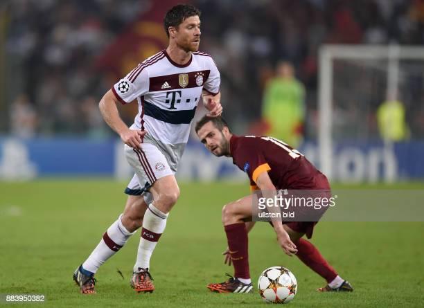 FUSSBALL CHAMPIONS LEAGUE SAISON 2014/2015 Vorrunde AS Rom FC Bayern Muenchen Xabi Alonso gegen Miralem Pjanic
