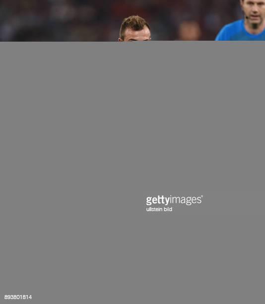FUSSBALL CHAMPIONS LEAGUE SAISON 2014/2015 Vorrunde AS Rom FC Bayern Muenchen Xherdan Shaqiri am Ball