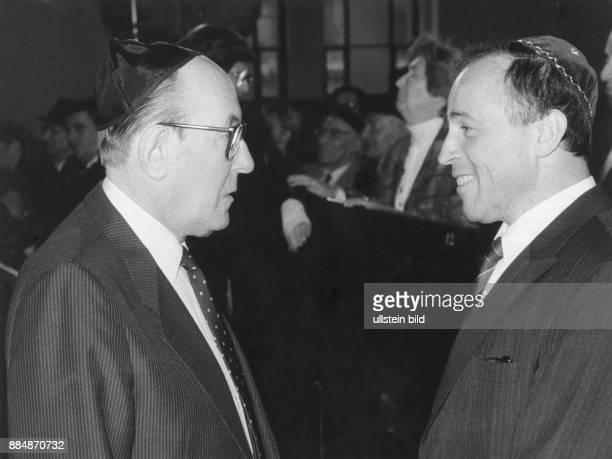 1912 Vorsitzender der Jüdischen Gemeinde zu Berlin Treffen mit dem Präsidenten des Verbands der jüdischen Gemeinden der DDR Siegmund Rotstein