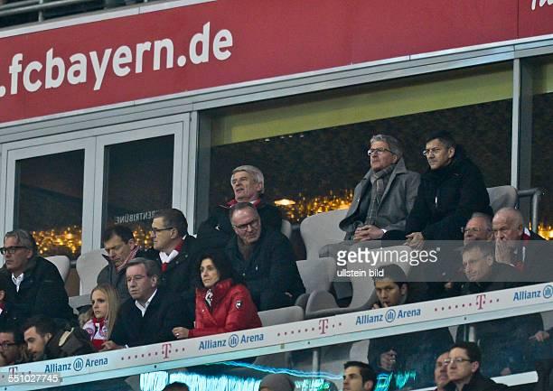 Vorstand Karl Heinz Rummenigge blick auf den leeren Stuhl von Bayern Muenchen Praesiden Uli Hoeness dahinter der neue Aufsichtsratsvorsitzender...