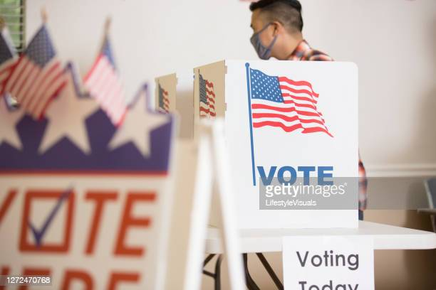 vote polling place - presidential election stock pictures, royalty-free photos & images