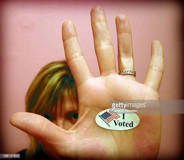 i voted - i voted sticker - fotografias e filmes do acervo