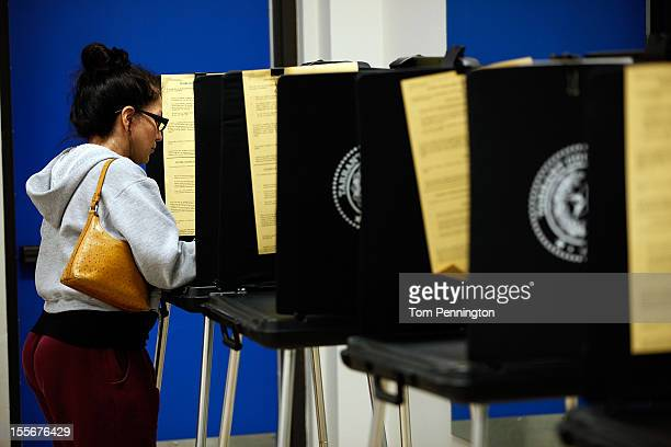 A voter completes her ballot on November 6 2012 in Fort Worth Texas United States Americans across the country participate in election day as...