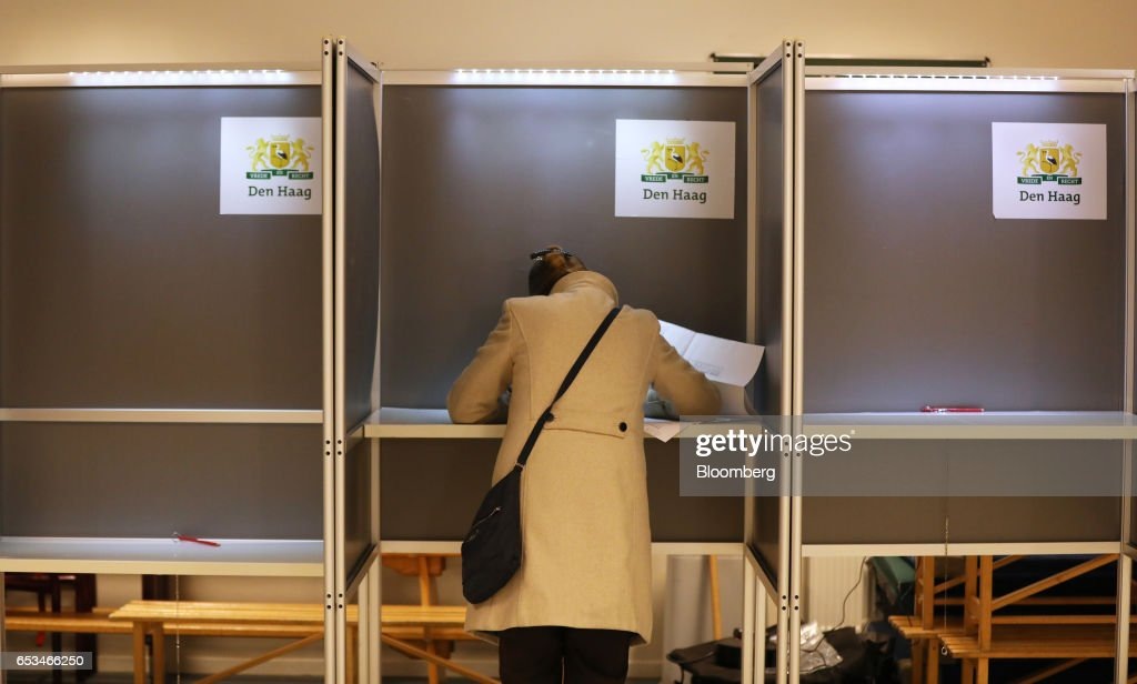 Voting Begins In The Netherlands General Election : Nachrichtenfoto