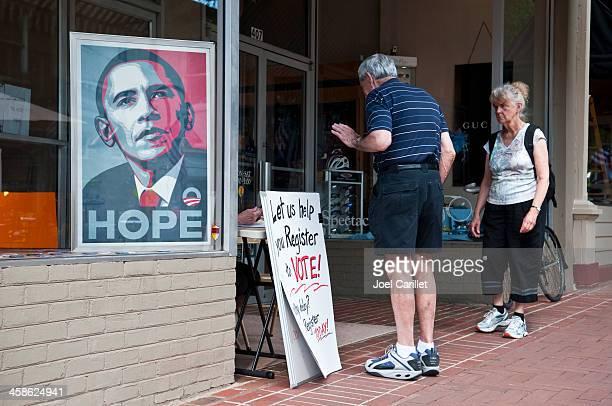 registre électoral drive - voter registration photos et images de collection