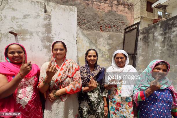 voter sign india - voting stock pictures, royalty-free photos & images