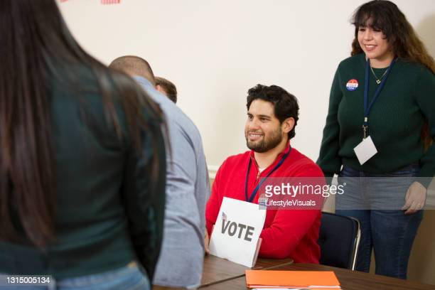 voters at polling location. - midterm election stock pictures, royalty-free photos & images