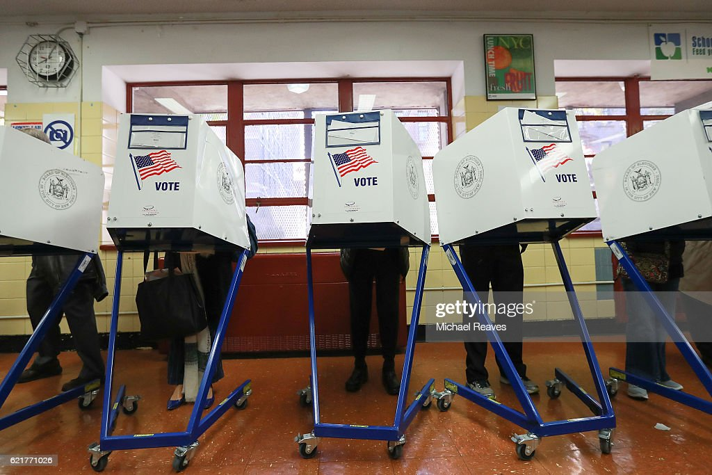 Nation Goes To The Polls In Contentious Presidential Election Between Hillary Clinton And Donald Trump : News Photo