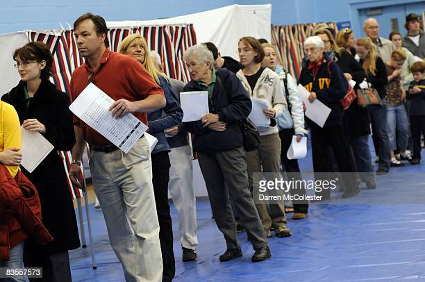 Voters cast their ballots November 4 2008 at Oyster River High School in Durham New Hampshire New Hampshire has become a swing state in recent months...