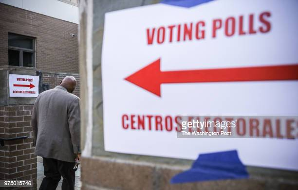 Voters enter the polls at Temple Emanuel in Kensington Maryland April 26 during Maryland's primary election