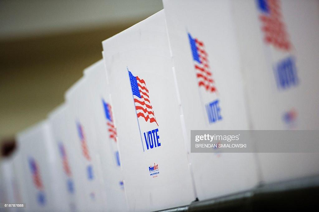 US-VOTE-ELECTIONS : News Photo