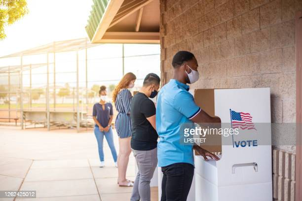 voting - presidential election stock pictures, royalty-free photos & images
